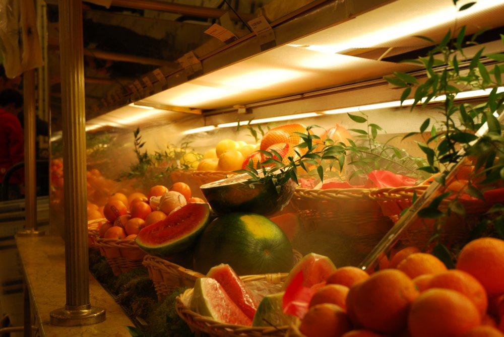 Luftbefeuchtung in Lebensmittelproduktion: Befeuchtung von Obst, Gemüse, Fleisch und Fisch.